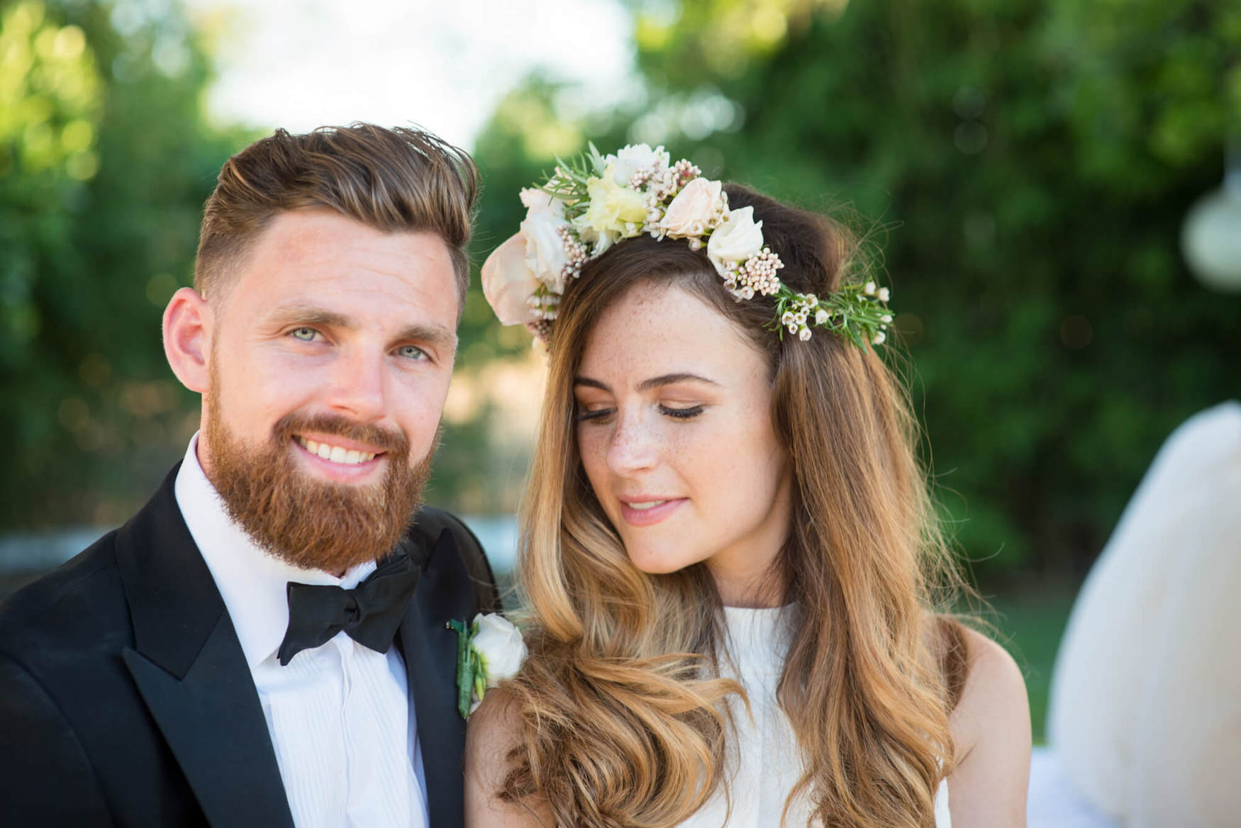 bride groom sunset photo black tie flower crown jenny packham bridal