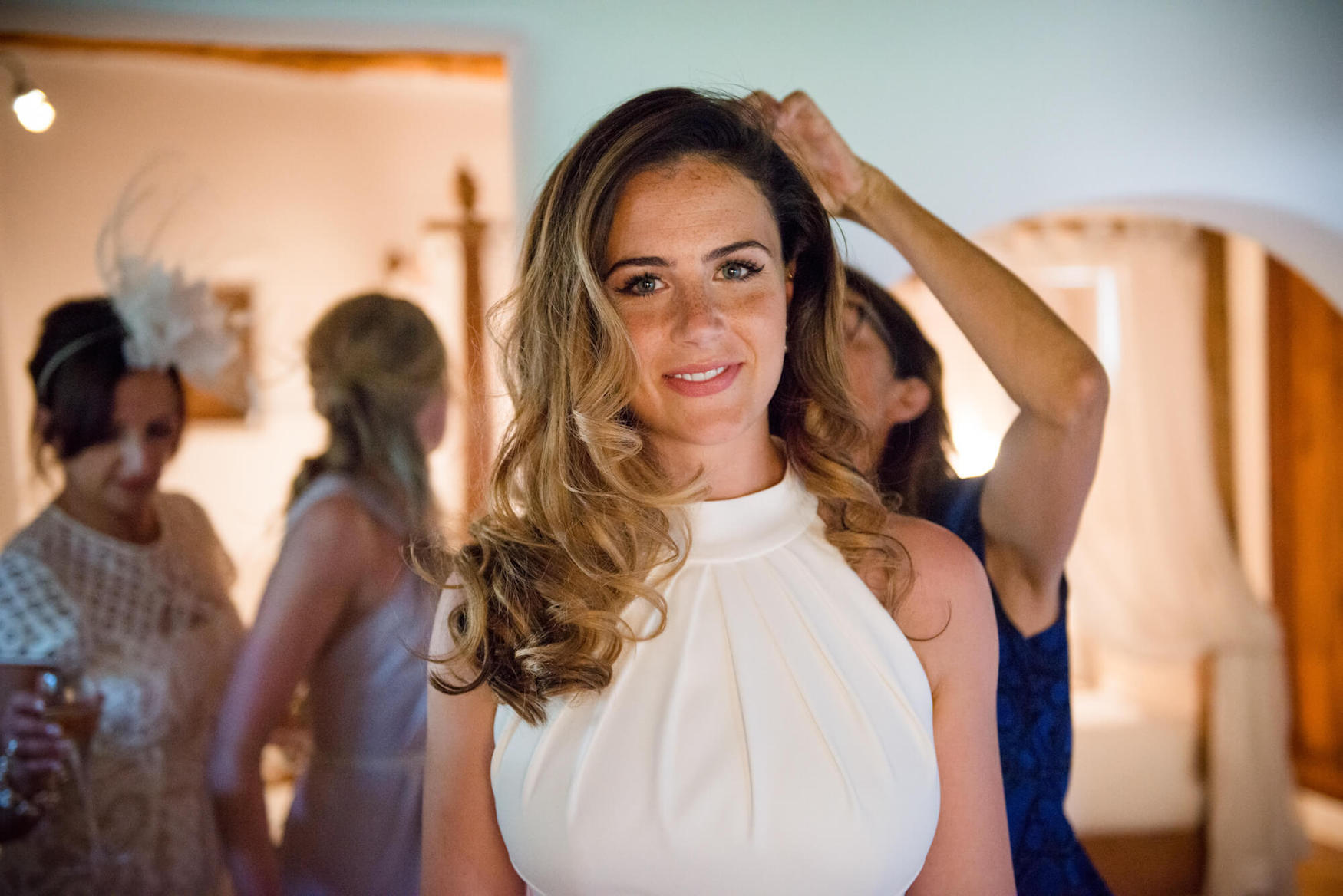 bride getting ready louise maxwell jenny packham dress