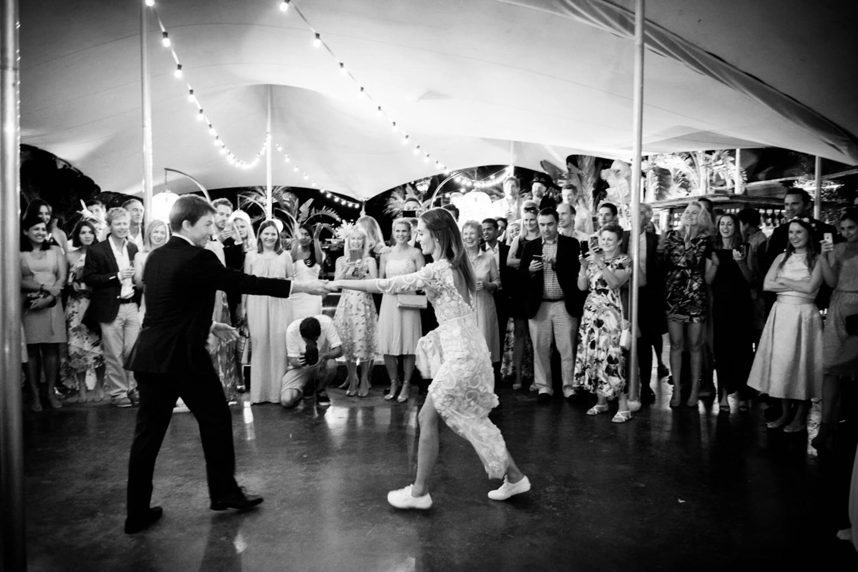 bride groom first dance rural hotel traniners hermoine de paula dress