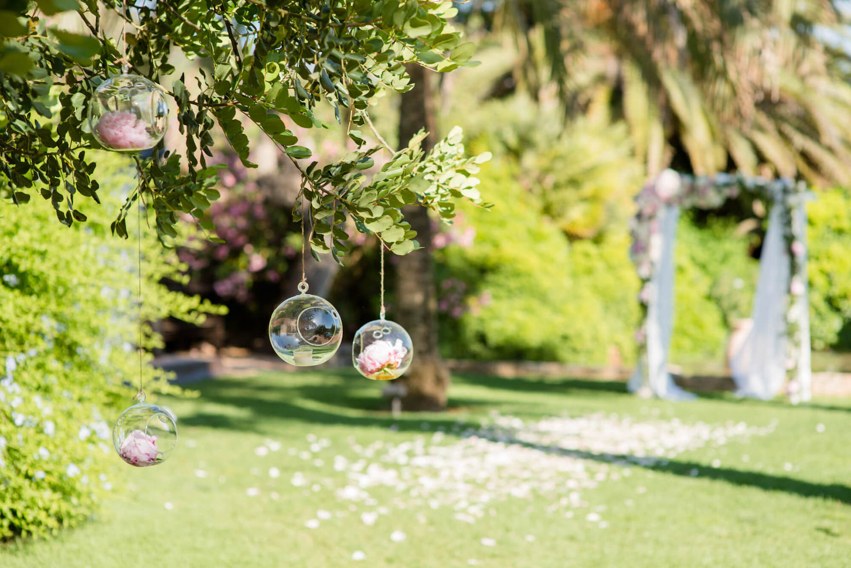 tree decoration glass globe candel holders flower arch