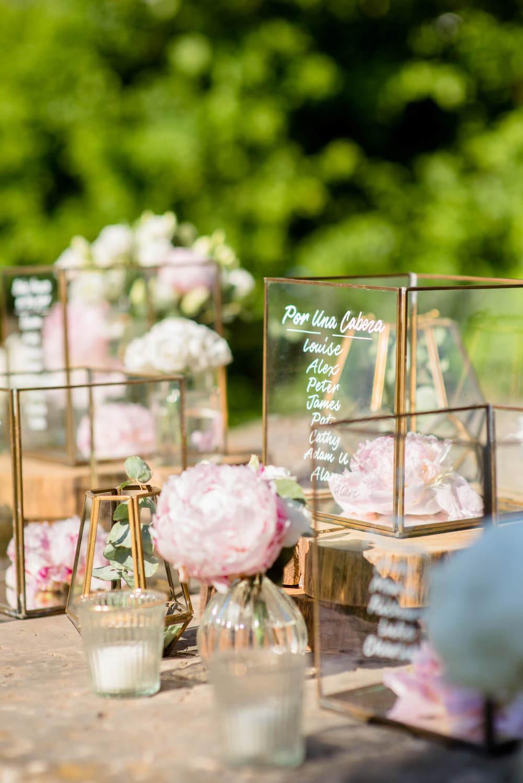 table plan gold flower vases candel holders