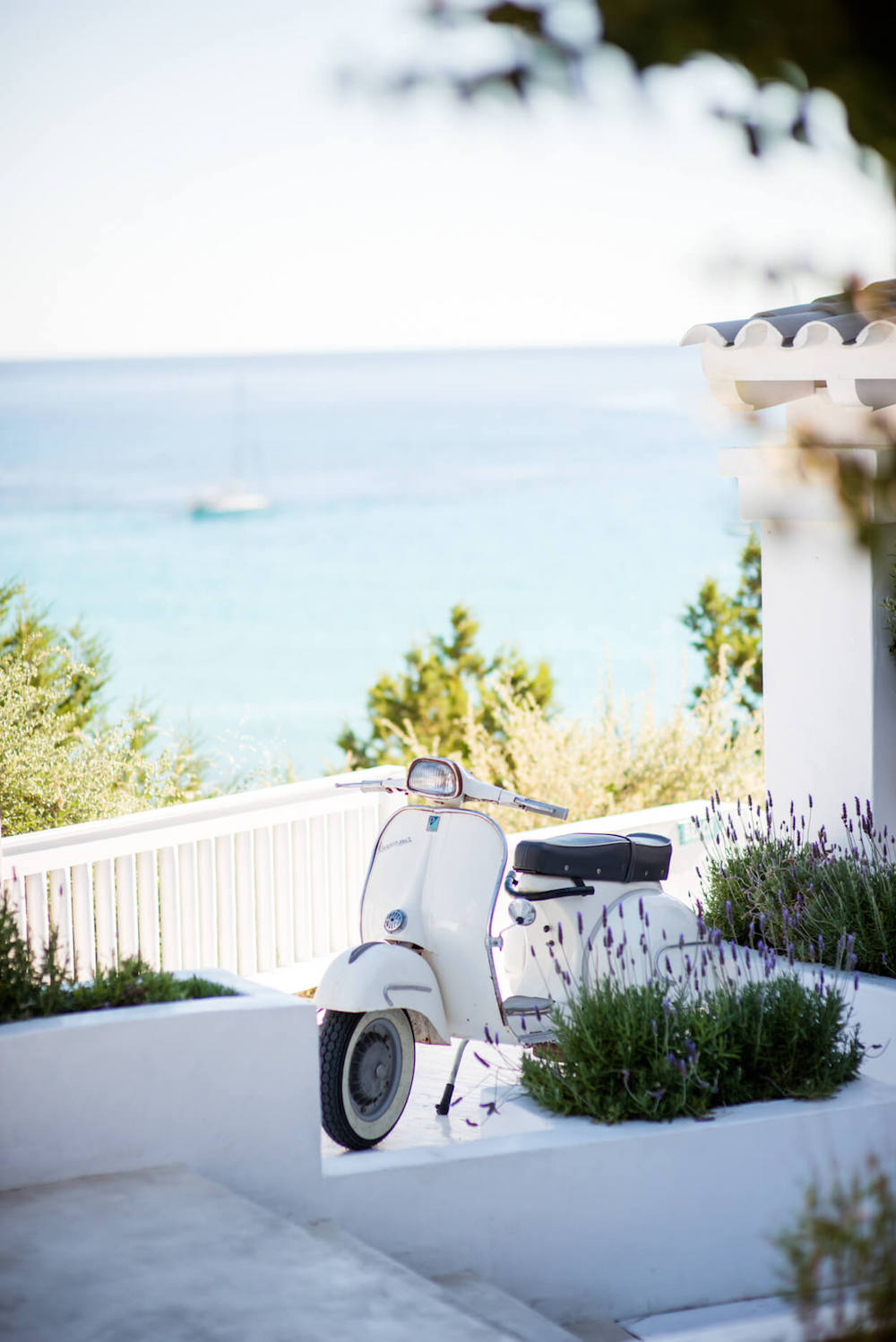 beach venue vespa icon scooter sea view