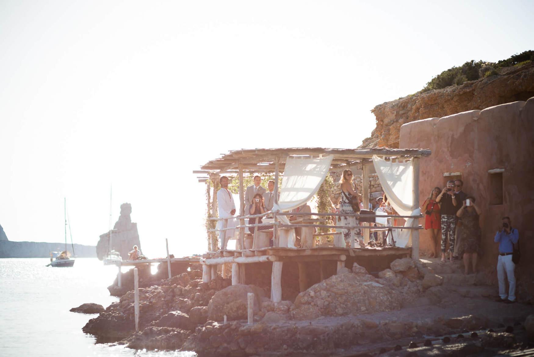 bride groom ceremony beach wedding benirras kings rock elements benirras