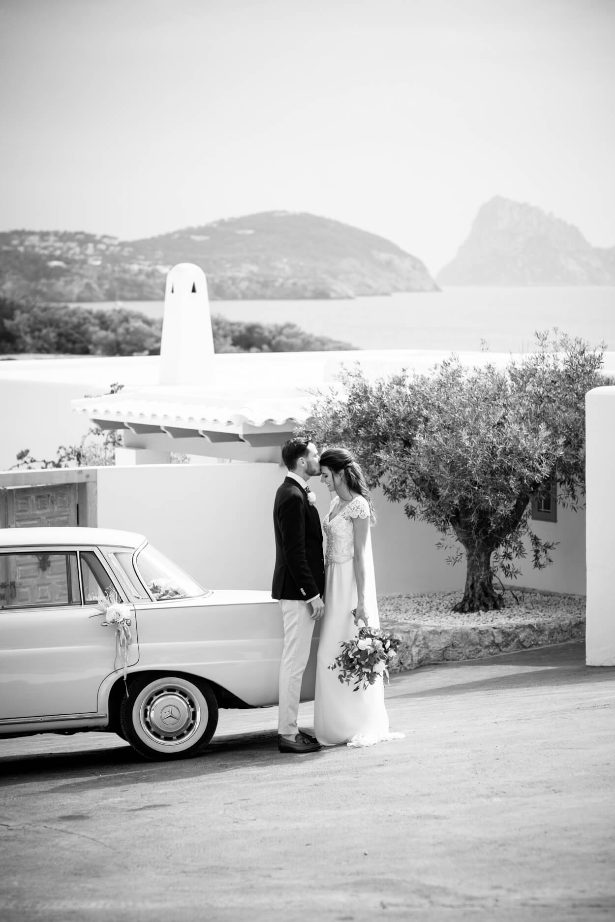 couple portrait seaside wedding venue olive tree es vedra sunset