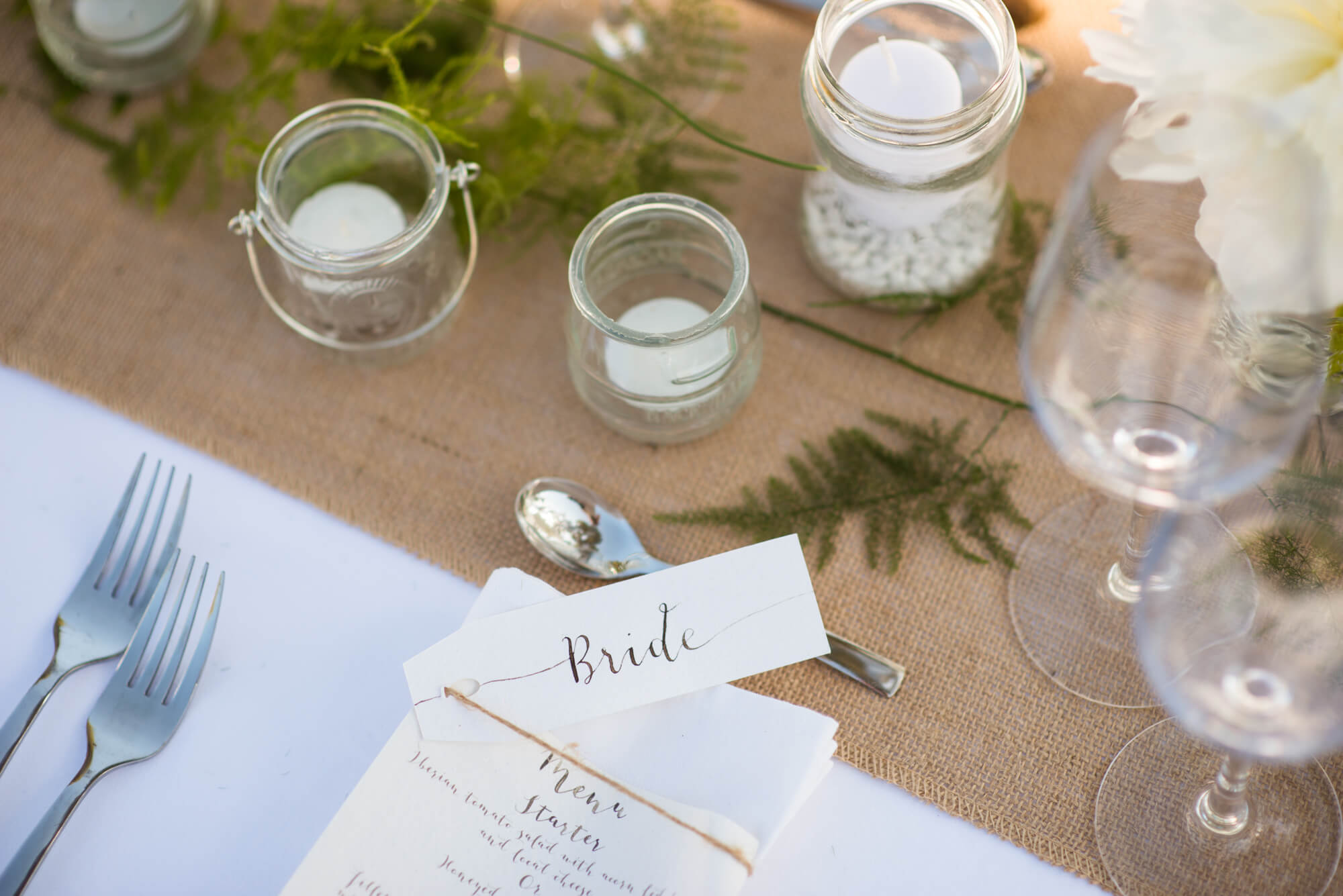 bride table setting