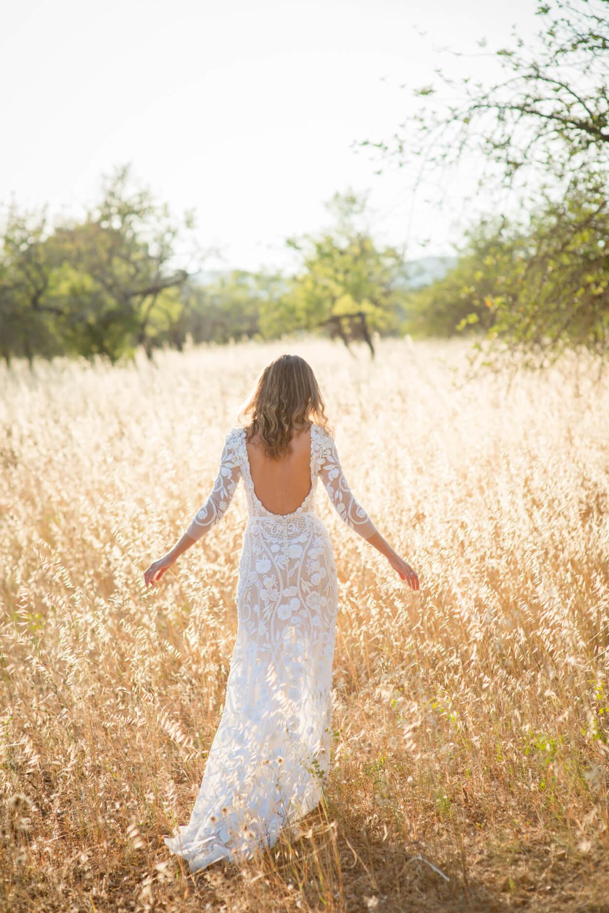 bride portrait hermoine de paula wedidng dress bespoke lace