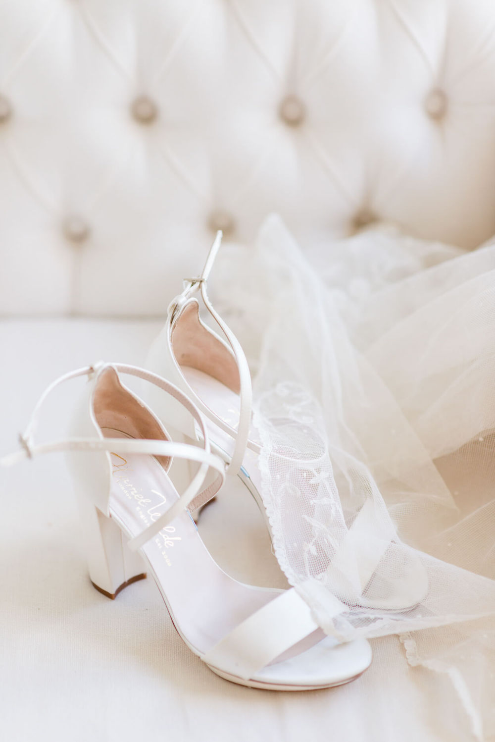white wedding shoes veil