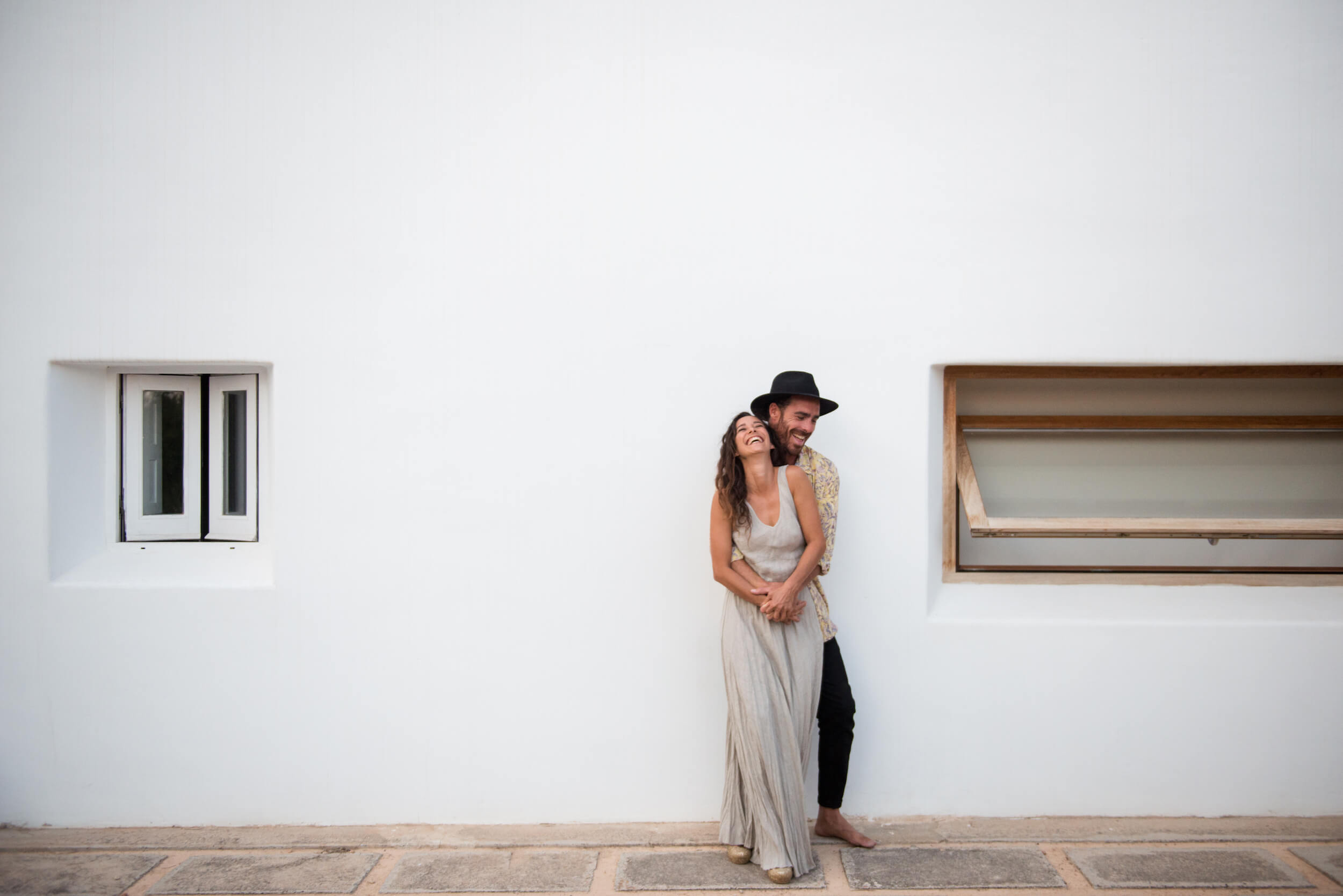 Happy couple session ibiza villa home shoot linen dress
